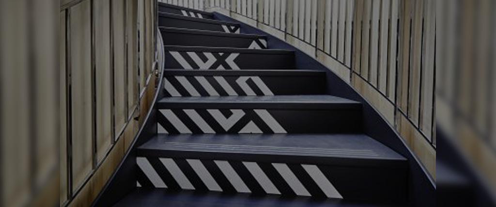 stairsbanner